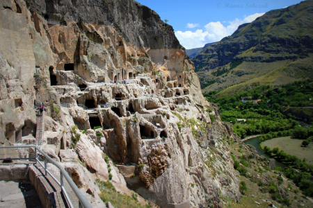 day excursion vardzia caves
